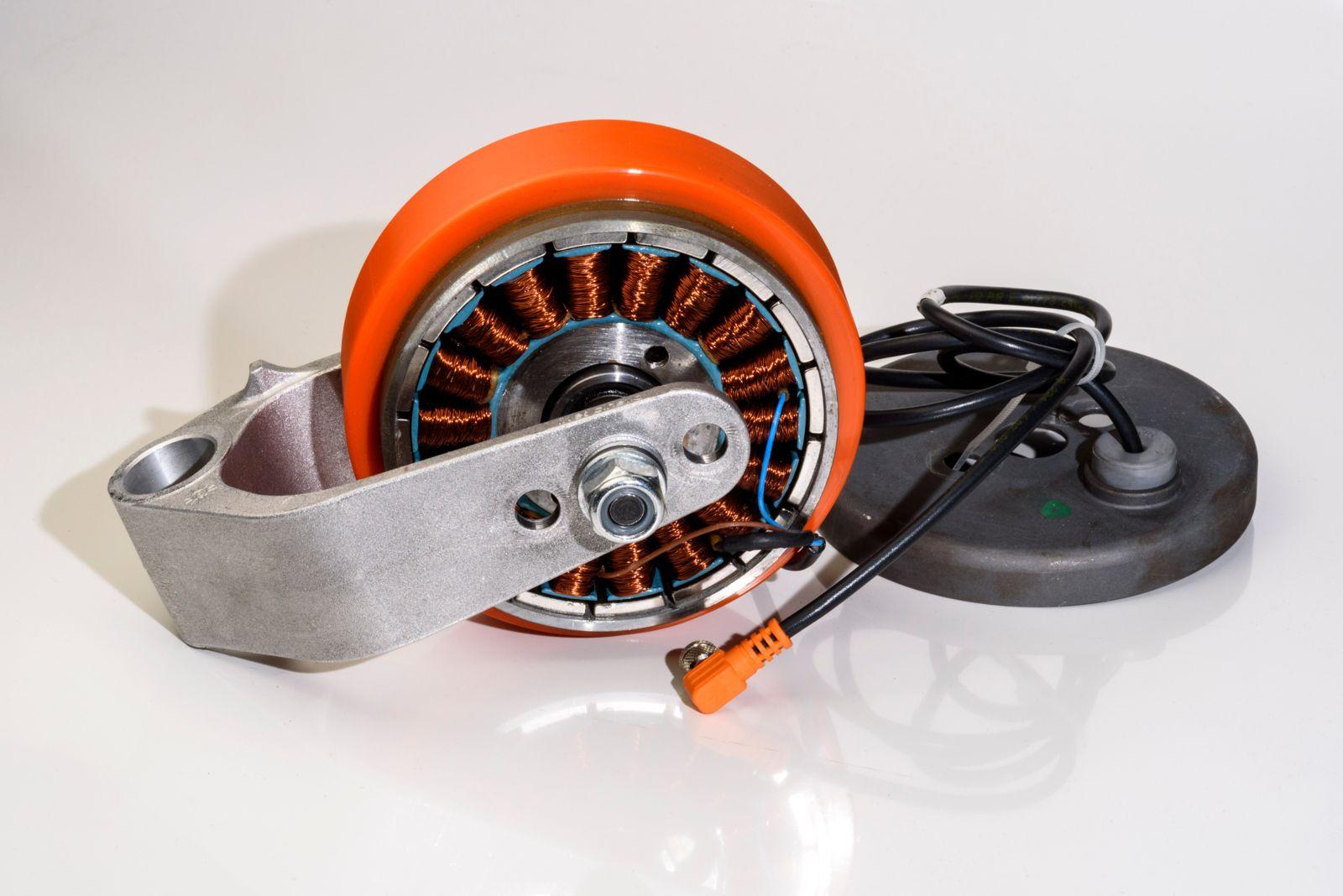 Custom BR Outrunner Servo Motor